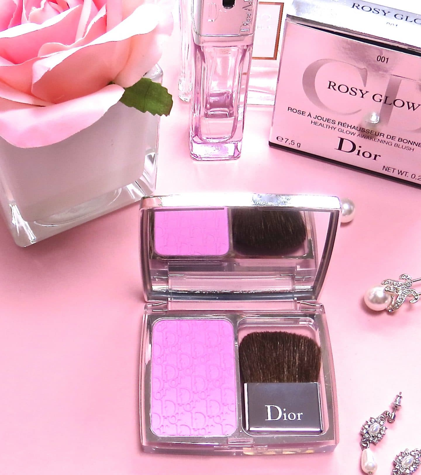 dior Rosy Glow blusher in Petal Pink