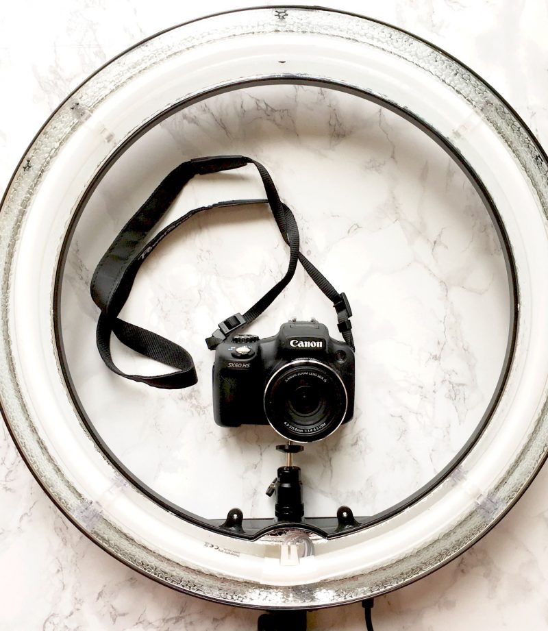 image shows a Ring light by Neewer