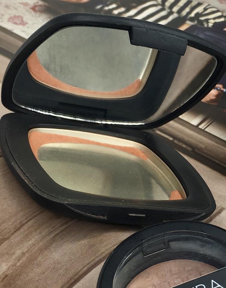 Empty Bare minerals bronzer skinny dip